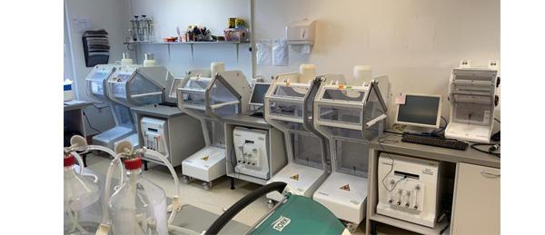Laboratorios Modernos: tecnología de un solo uso frente a las soluciones tradicionales